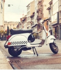 Adhesivo Vespa - Decorainilos